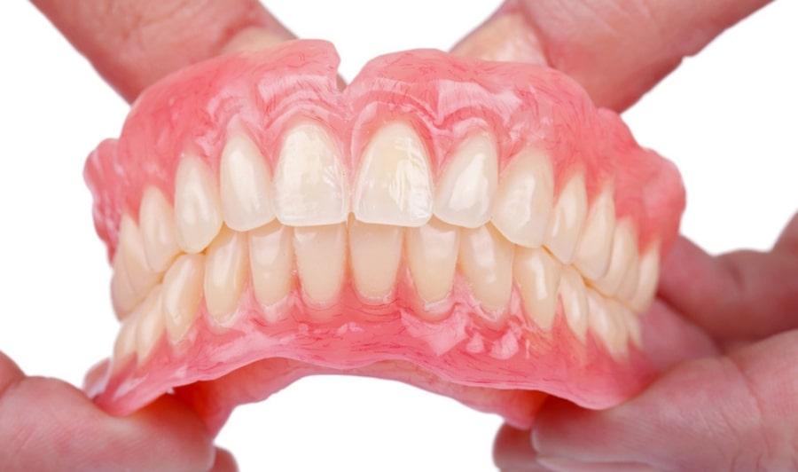 Мягкий зубной протез
